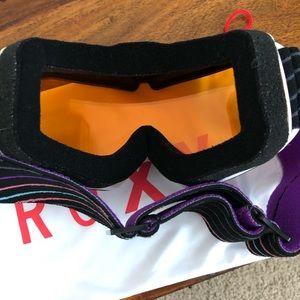Roxy Accessories - EUC Women's Roxy Ski Snowboard Snow Goggles